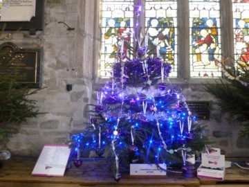 Community Rep Jean Keast's Christmas Memory Tree to remember those who have lost their life to pancreatic cancer.