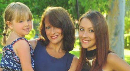 Hannah Myatt wither her mum, Sharon, and sister