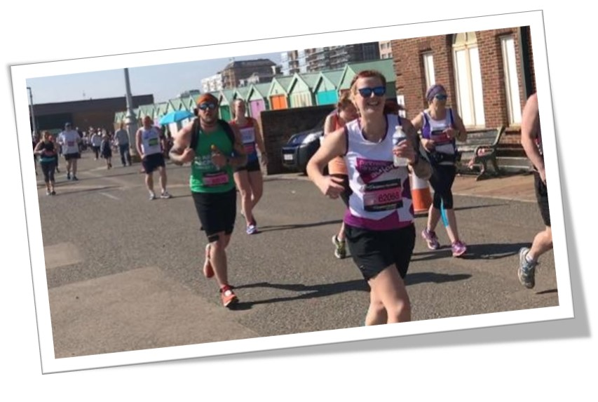 A picture of Lyndsay Kent running, she will be taking part in the London Marathon